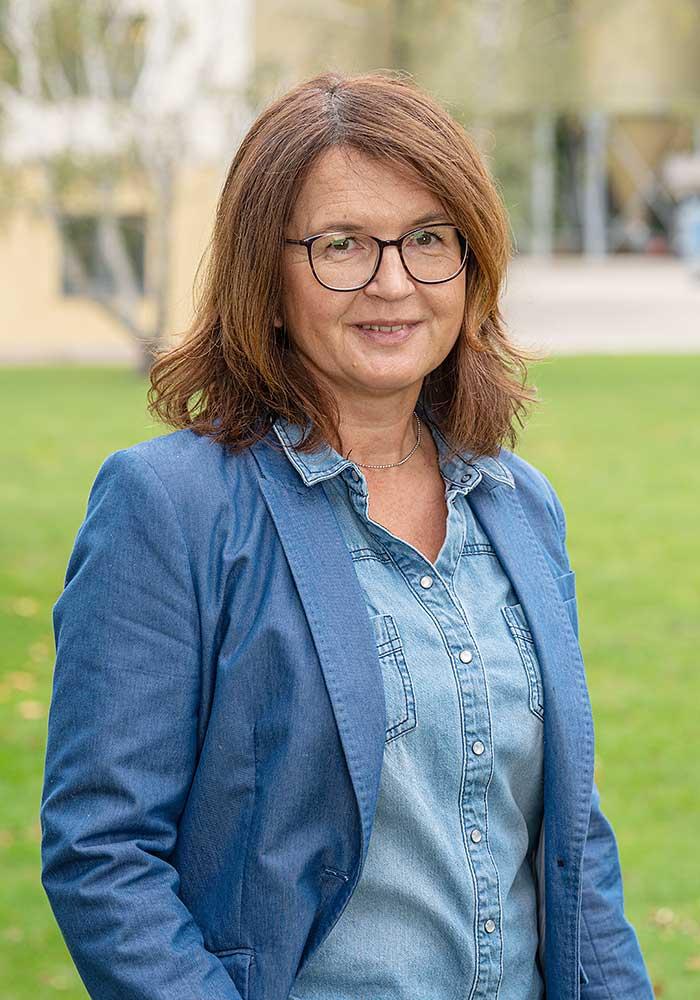 Katharina Paul, Buchhaltung